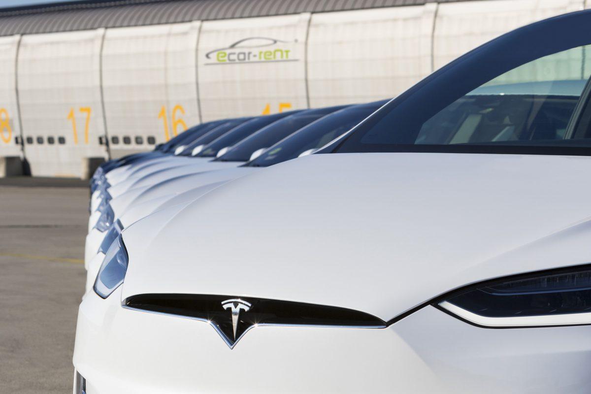 Rent A Tesla >> Rent A Tesla Model X Ecar Rent Com